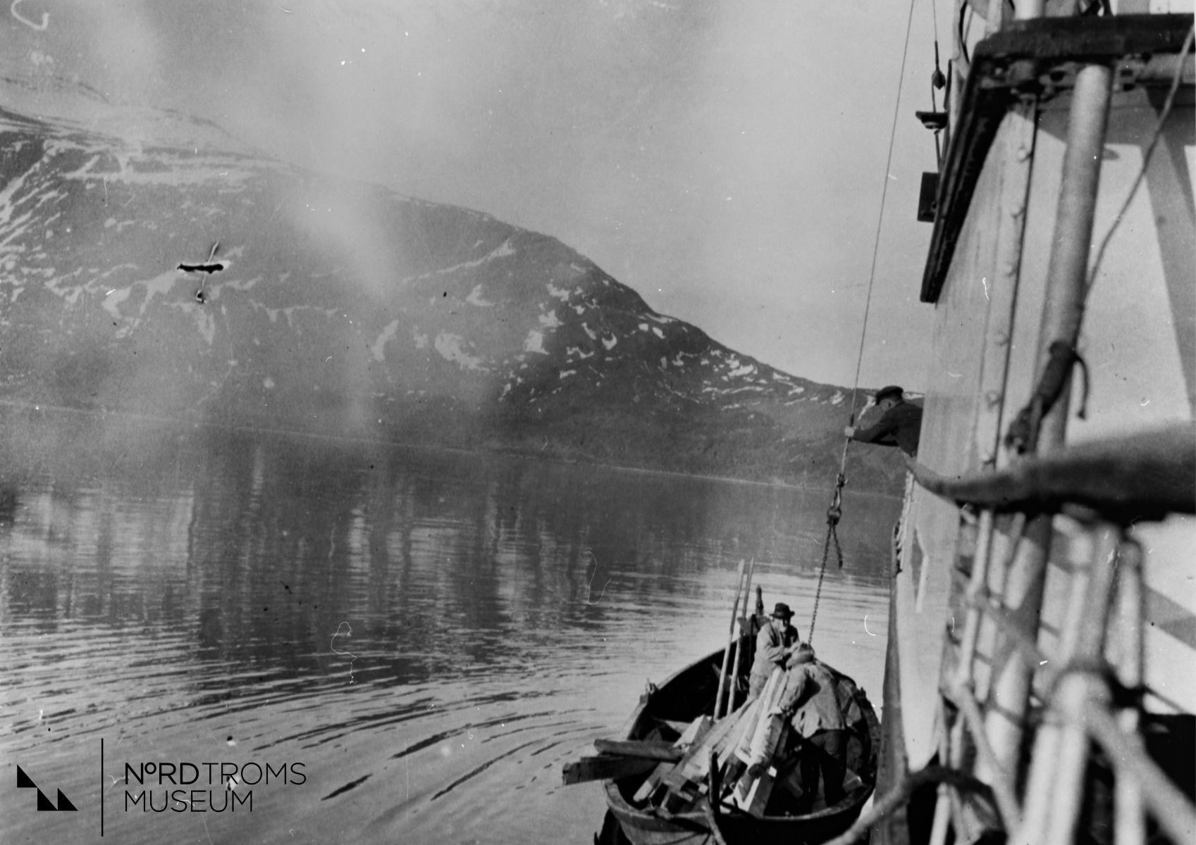 Ved Oksfjordhamn